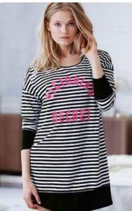 💕Victoria secret long sleeve night shirt